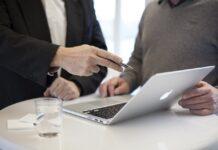 start a business in Dubai - Shuraa Business Consultants